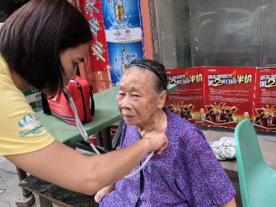 東莞大朗12萬市民簽約家庭醫生可享受11種類型醫療服務