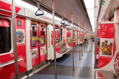 快看,宝宝的画作上地铁了!快给你家娃报名,也许也有机会!