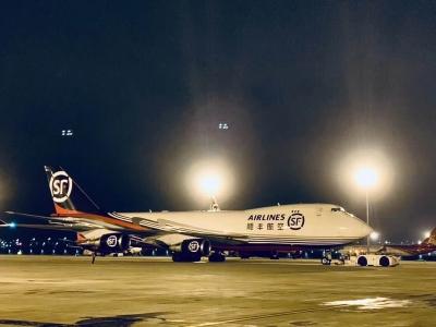 顺丰航空747首飞国际航线  顺利启航印度金奈