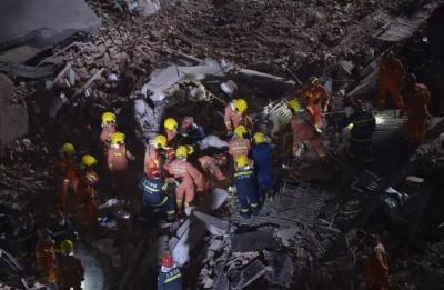 10死15伤!上海坍塌事故是加固工作操作不当所致?