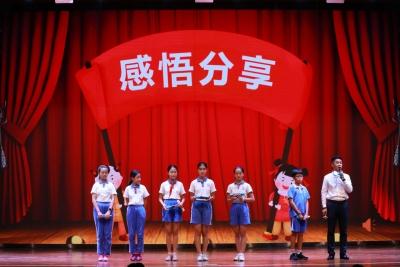 """这堂法治课不一样,深圳举办""""宪法教育大课堂""""观摩课"""