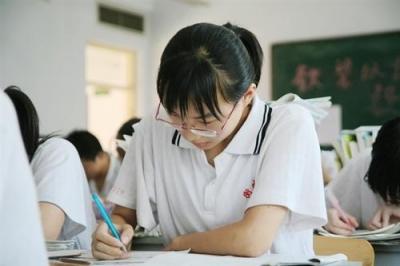 广东省提前批专科院校招生任务顺利完成
