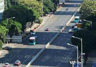 深南华强路口增平面过街设施,东往西车道数将增至5车道