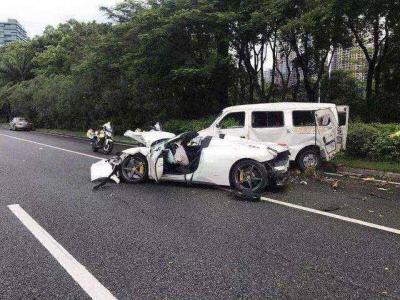 宁夏贺兰县两辆私家车碰撞致6死14伤 两车均超载
