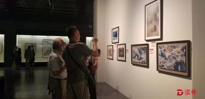 深圳市第二届侨界名家艺术邀请展开幕