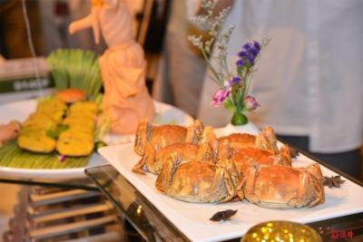 傳統美食有新意:八大名廚大展廚藝,逐浪大閘蟹真是一絕