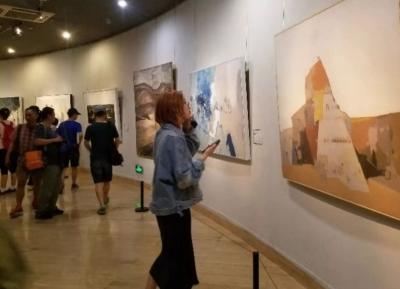大芬油画村画家原创油画入选北京国际美术双年展