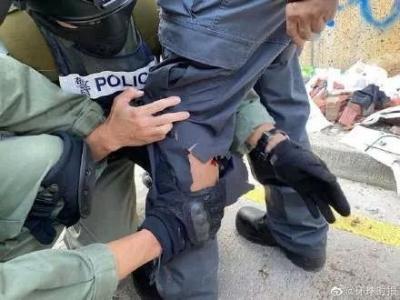 一位阿sir在香港理工中箭!港警:暴徒嚴重威脅在場所有人生命