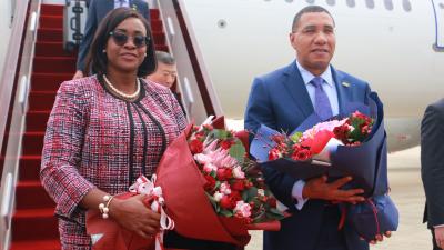 牙买加总理安德鲁•霍尔尼斯:深圳启迪牙买加成为前沿技术研发的参与者