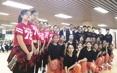 灵动舞者!南外大冲学校健美操队摘得全国冠军
