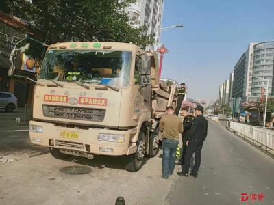 福永執法隊專項整治泥頭車 遏制冬季揚塵污染