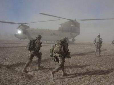 駐阿富汗美軍基地發生汽車炸彈襲擊和交火,60余人傷亡