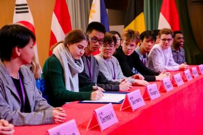 共商文明发展,贡献青年智慧!深圳国际中学生论坛闭幕