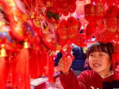 法国前总理拉法兰:中国文化越来越受到世界关注