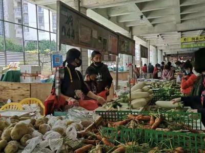 福田全力保障蔬菜等生鮮品的市場供應,各商超將每天動態跟蹤供應量