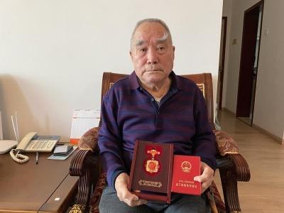 深圳91岁老党员为武汉捐款5万 党龄已71年