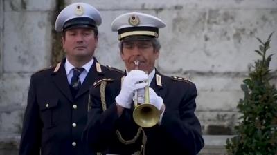 意大利病亡數超1.2萬,意大利降半旗為病亡者默哀