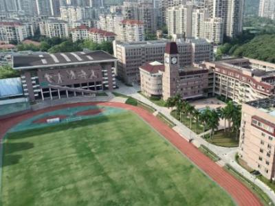 IN视频|单人单桌、做好预案!复课在即,深圳高级中学准备好了