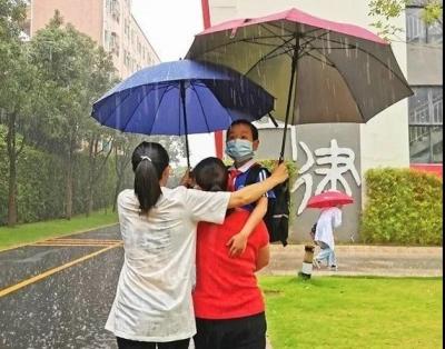 共度風雨,為你護航 | 光明區1-3年級順利返校復課