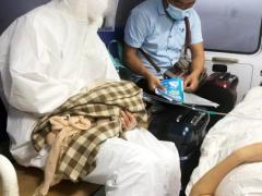 一名孕妇登机口紧急产子 武汉机场紧急施救保母子平安