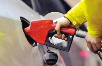 2020年國內成品油首次上調 加滿一箱油多花4.5元