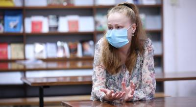 """玛丽亚的""""安心""""和""""担心"""" :疫情之下一名深大留学生的校园生活"""