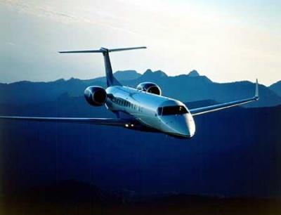 国内首架高速卫星互联网飞机成功首航