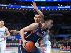 易建联9277分超越刘炜 加冕CBA常规赛历史得分王
