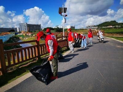 新湖街道开展2020年第一期护河巡河志愿服务活动