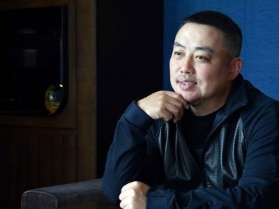 刘国梁首次以世乒联理事会主席身份亮相,表示将力促重启比赛