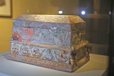 雷峰塔地宫藏了啥宝贝?来深圳博物馆看看吧!