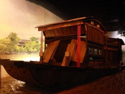 """在南湖红船边谈""""红船精神""""——专访嘉兴学院红船精神研究中心原执行主任陈水林"""