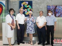 世界各地百件传统艺术精品黄浦江畔亮相 多元文化走进百年工业遗存