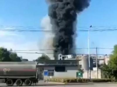 湖北仙桃一化工企业发生闪爆事故,致6人死亡4人受伤