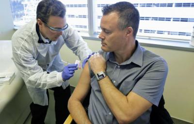 日本政府:2021年上半年拟确保所有国民打上新冠疫苗