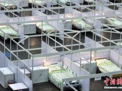 """香港逾200名确诊患者待入院 专家指需增建""""方舱医院""""预备"""