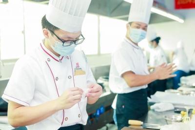 """龙华区举办""""粤菜师傅""""中式面点师职业技能竞赛"""