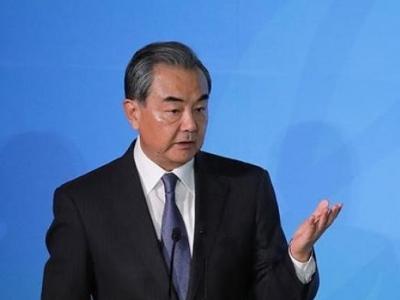 王毅:坚持一个中国原则是中捷关系的政治基础