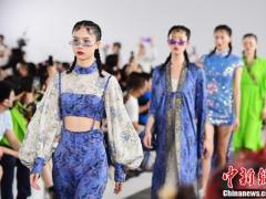 深圳时装周2021春夏系列圆满收官