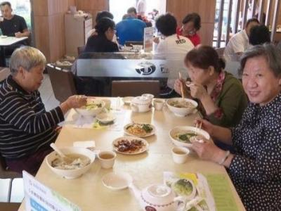 """盐田""""长者饭堂""""版图再扩张!市场化长者助餐服务100%覆盖全区"""