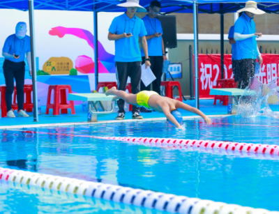 光明区首届校际游泳联赛暨区游泳队选拔赛完美落幕