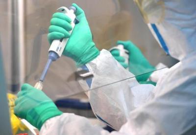 曾光:新冠疫情第二階段是病毒和疫苗爭奪易感者的階段