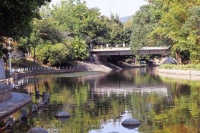 筆架山公園:福田河從這里蜿蜒而過