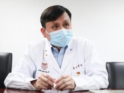 张文宏:新冠进化为常驻病毒,长期抗疫必须依赖公共卫生体系