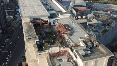 """深圳高楼上的""""空中皇宫""""被拆:上万平米违建,内有豪华会所......"""