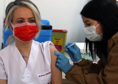 土耳其已有超100万人接种中国新冠疫苗