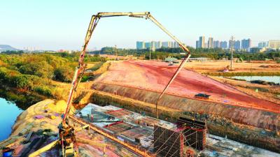 惠州市1号公路惠城先行段力争今年底建成