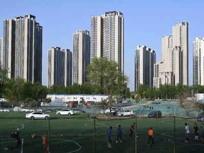 两部门:2025年人均体育场地面积超2.6平方米