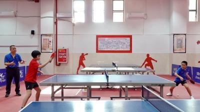 """好好学习 深圳这所小学诞生两位""""10后""""乒乓小国手,来看看未来的""""大魔王""""是怎么炼成的?"""