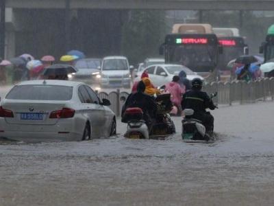 国家防办、应急管理部会同国家粮食和物资储备局紧急调运中央防汛物资支持河南省抗洪抢险救援工作